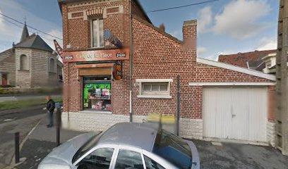 photo du resaurant Café Tabac Café De La Place